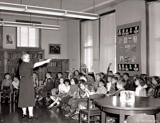 1953.11_library_letha_davidson_kids_c_s.jpg