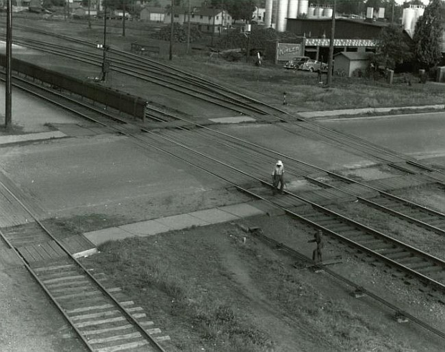 Construction of the Grand Avenue Rail Crossing | Ames